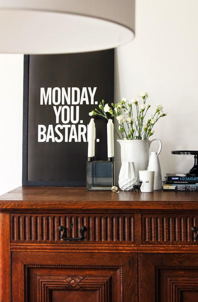 Ziemlich klare Worte beim Black Monday 27 Monday you Bastard