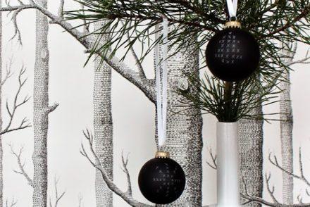 All that glitter beim black monday 12 - Weihnachtsbaumkugeln schwarz ...