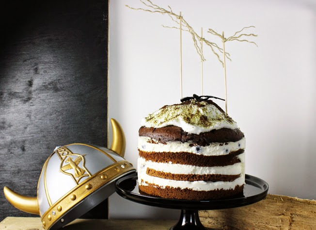 Layered Cake, Mooskuchen, Dragons Party, Schokoladenkuchen