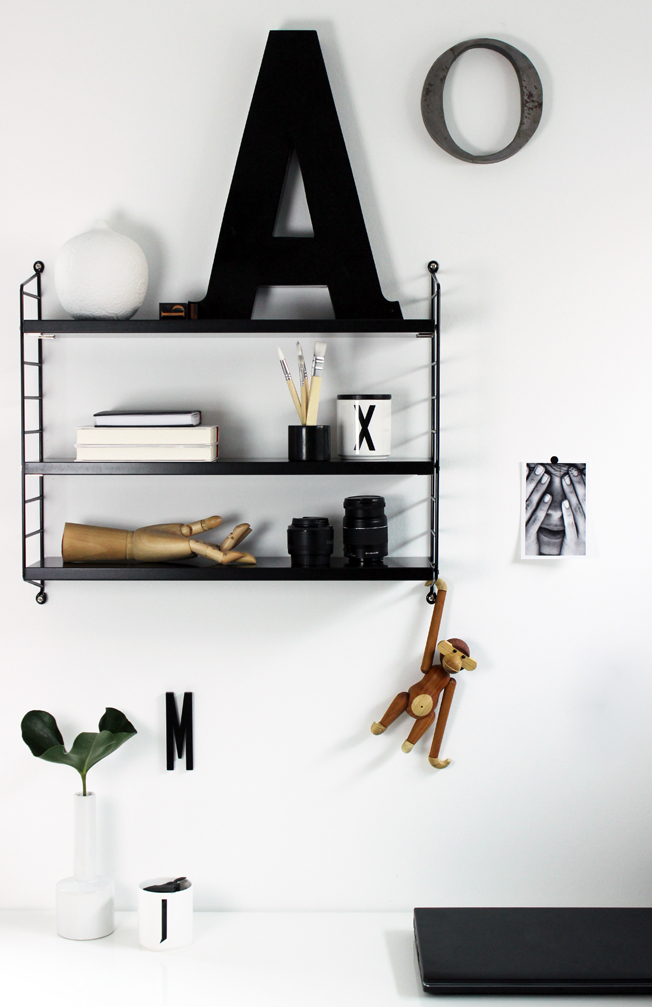 String Regal Schwarz Shelfie Jennadores Black Monday Kay