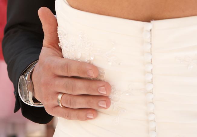 Hochzeit_Ring-Hochzeitskleid-Detail-Blog-jennadores