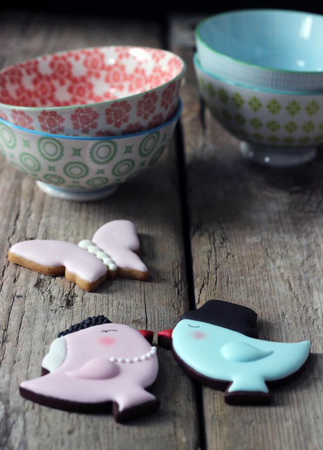 Kekse-Vogelhochzeit-Schmetterling-Cookies-Blog_jennadores-Zuckermariechen-Hochzeitskekse-rosa-hellblau-Icing-Fondant