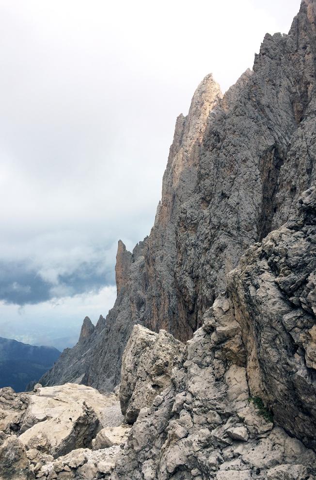 Urlaub-Südtirol-Wanderung_langkofel-Rundwanderung-Dolomiten-Blog-Jennadores