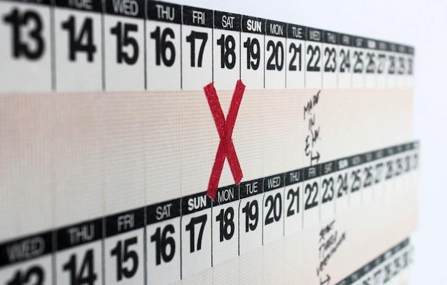 Wandkalender-selbermachen-2016-Idee-Blog-Jenadores-YearRound-momantai_Maskintape-Kalender-Pappsalon-quer