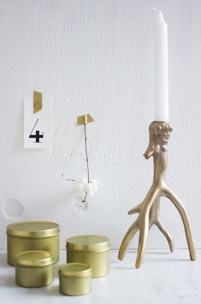 Adventskalender-gold-Dosen-Ikea-brass-white-Blog-Jennadores-Advent-Geweih-Candleholder-H-und-M