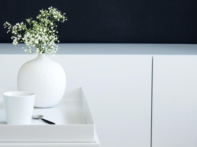 Hay-Beistelltisch-weiß-60x60-Blog-Jennadores-Couchtisch-metall-Lowboard-weiß-Babybreath