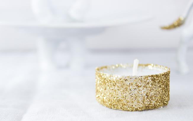 adventskranz-weiss-gold-blog-jennadores-teelicht-mit-glitzer_klein