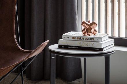 neuer liebling vom blumenfeld skabiose in wei und schwarz. Black Bedroom Furniture Sets. Home Design Ideas