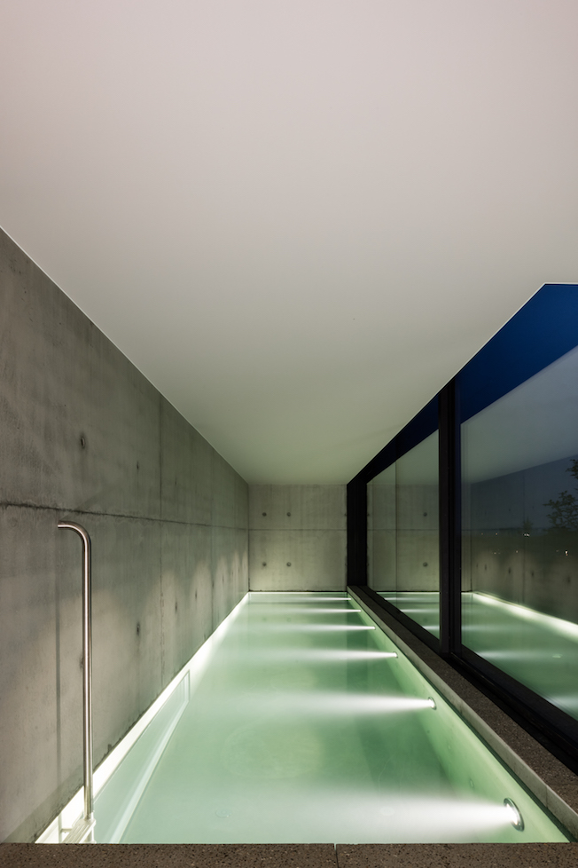 The Bunkers, Knokke-Heist, Bed & Breakfast, Pool im Keller, Architektur